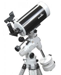 Telescopio Mak127 Eq3 Treppiede acciaio ( la foto mostra la versione con treppiede alluminio)